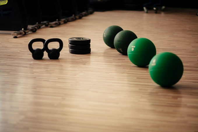 weights-and-medicine-ball-fitness-background-ynnuqlj