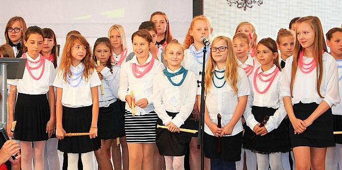 Przywitali nowy rok szkolny śpiewająco