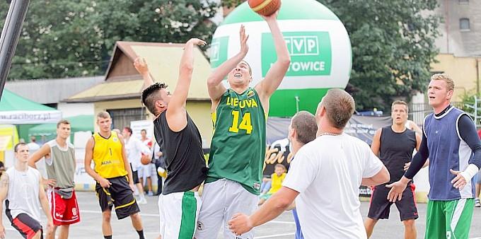 Memoriałowy streetball na Piastorze